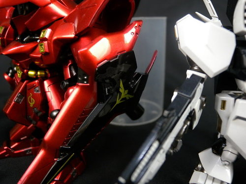 Bandai Gundam Model Kit - SD MSN-04 Sazabi by B.A.R