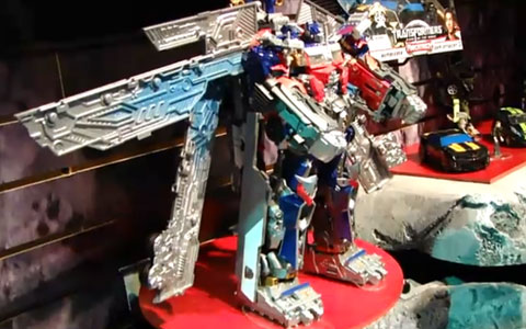 The New Optimus Prime in Transformers 3 Movie